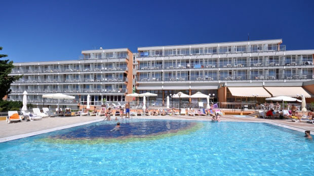 All Inclusive Hotel HOLIDAY