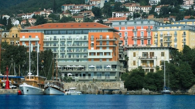 Wellness & Spa Hotel 4 OPATIJSKA CVIJETA