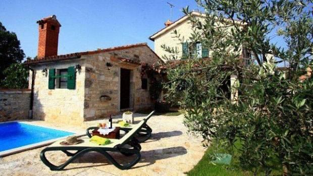 Rural House BASSI