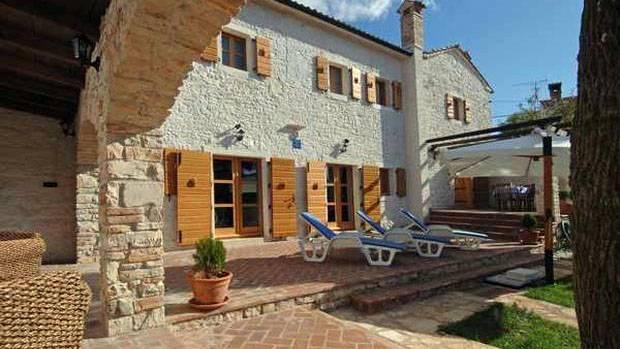 Rural House DAMIANA