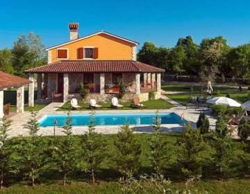 Rural House BACIO